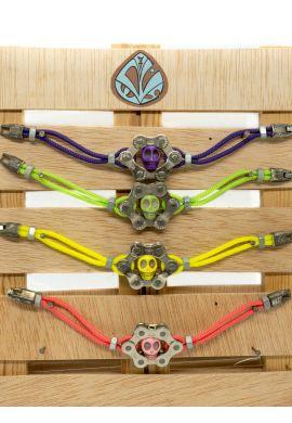 Pulseras caravela artesanas cadena bicileta