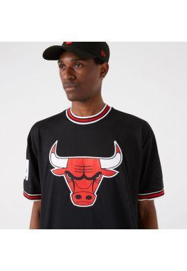 """Camiseta tipo fútbol americano NEW ERA """"Chicago Bulls Oversized Applique"""" black red"""