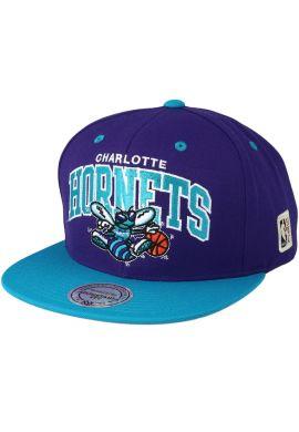 Gorra plana snapback Mitchell & Ness Charlotte Hornets Team Arch